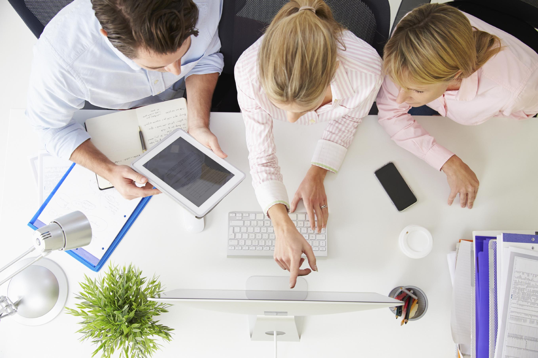 millennials collaborating at work