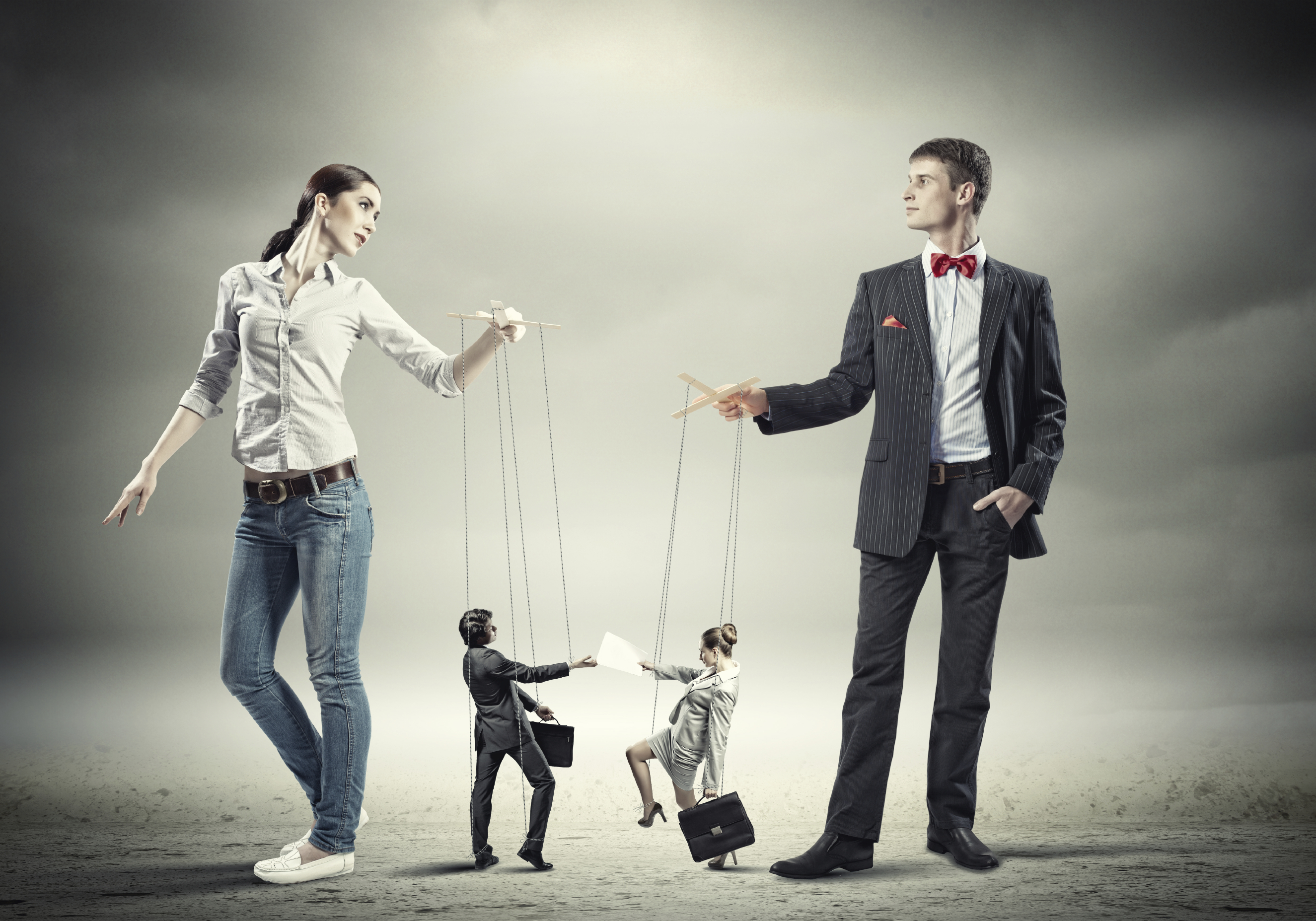 micromanaging employees in the workplace