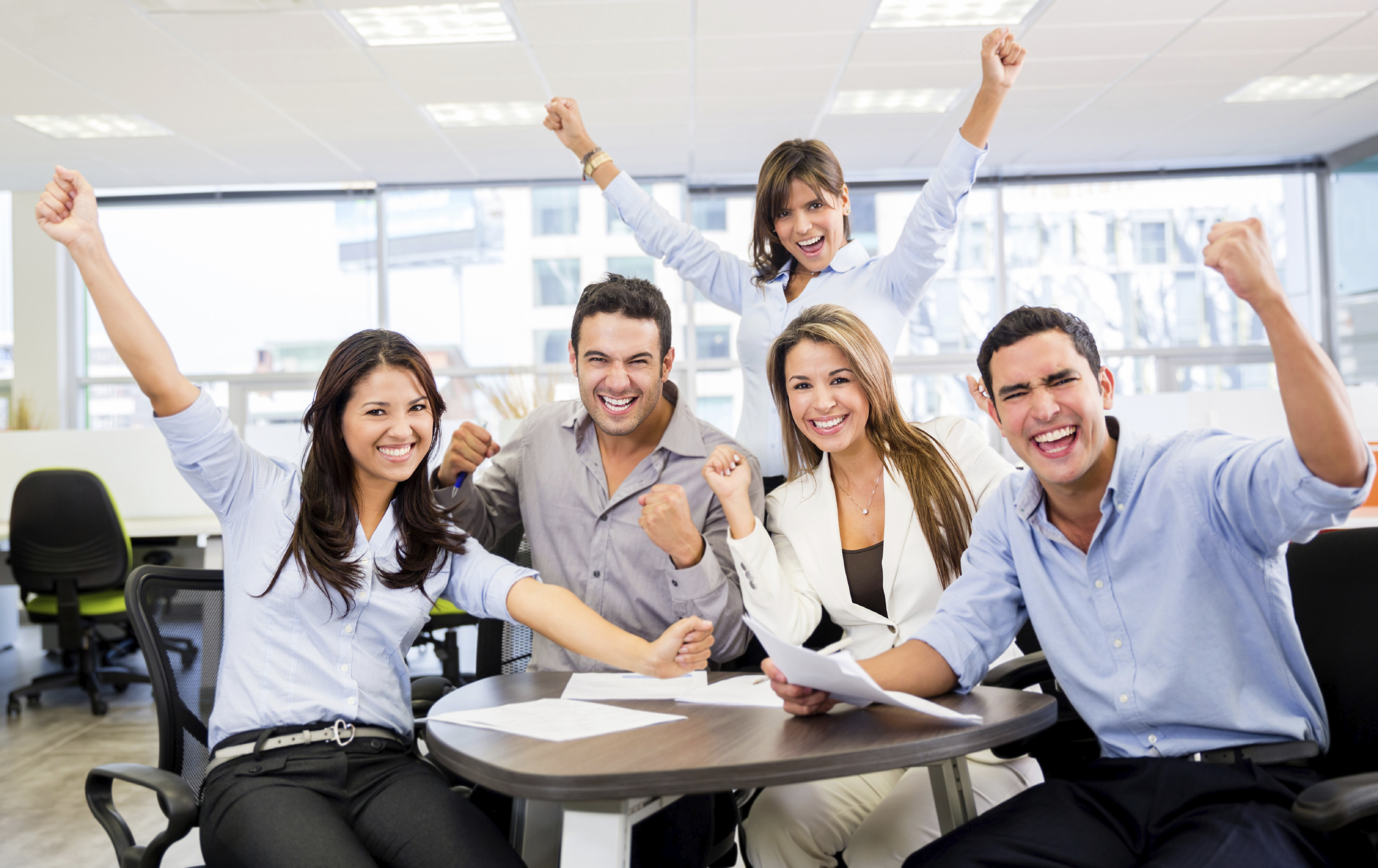 employees happy about peer-to-peer performance reviews