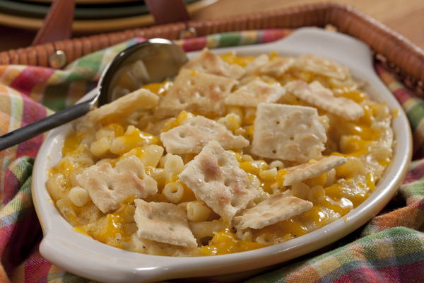 Crunchy mac and cheese