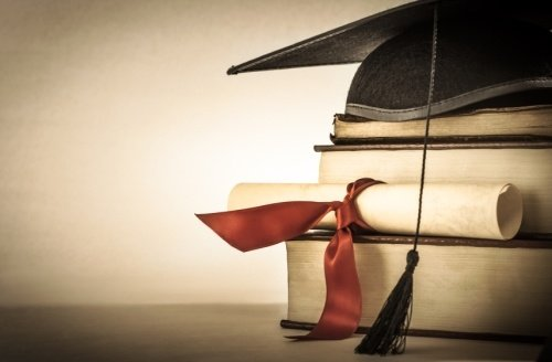 Recruitment Strategies for Winning Over the 2015 College Graduates by TINYpulse