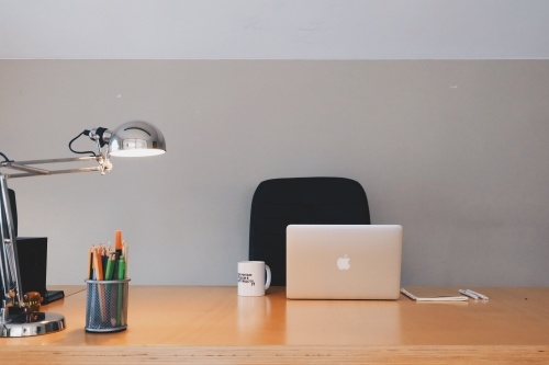 5_Easy_Feng_Shui_Tips_for_Your_Workspace_5
