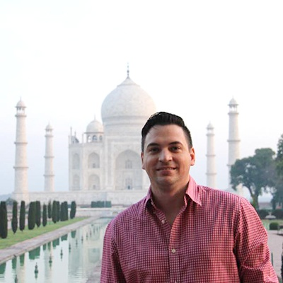 Matthew_Perre_at_the_Taj_Mahal_in_India-1
