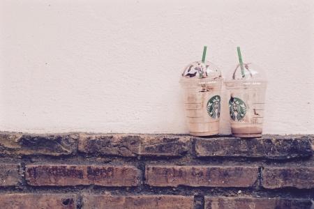 Why_Starbucks_Rocks_at_Their_Employee_Onboarding_Program_1